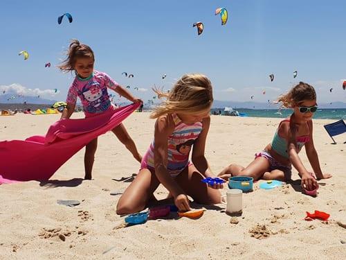 Erika-Ferreira-sandcastles-Spain500x375