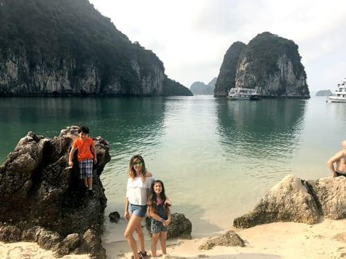 Halong_Bay_Gunjan_Vietnam