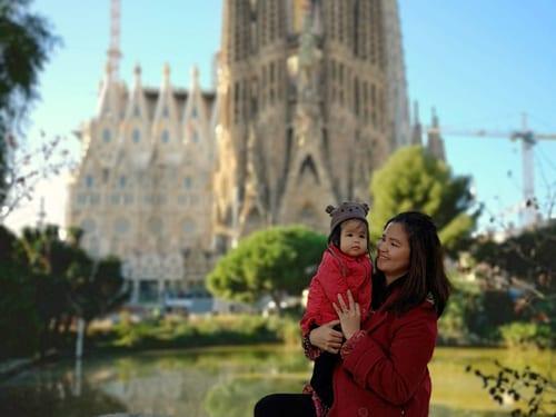 KayeEnriquez-DolotSagrada-FamiliaBarcelona-Spain