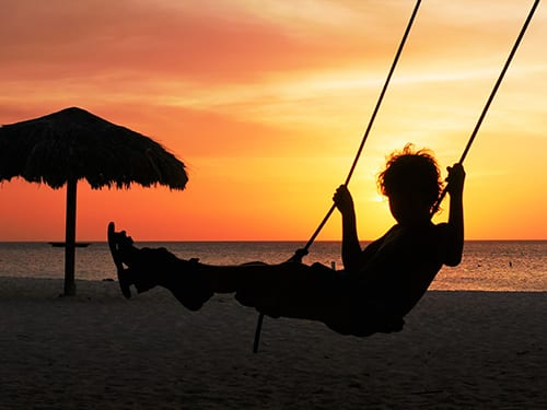 dom-swing-sunset_500x375