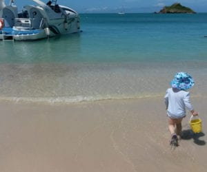 Antigua-beach-toddler-water-1000